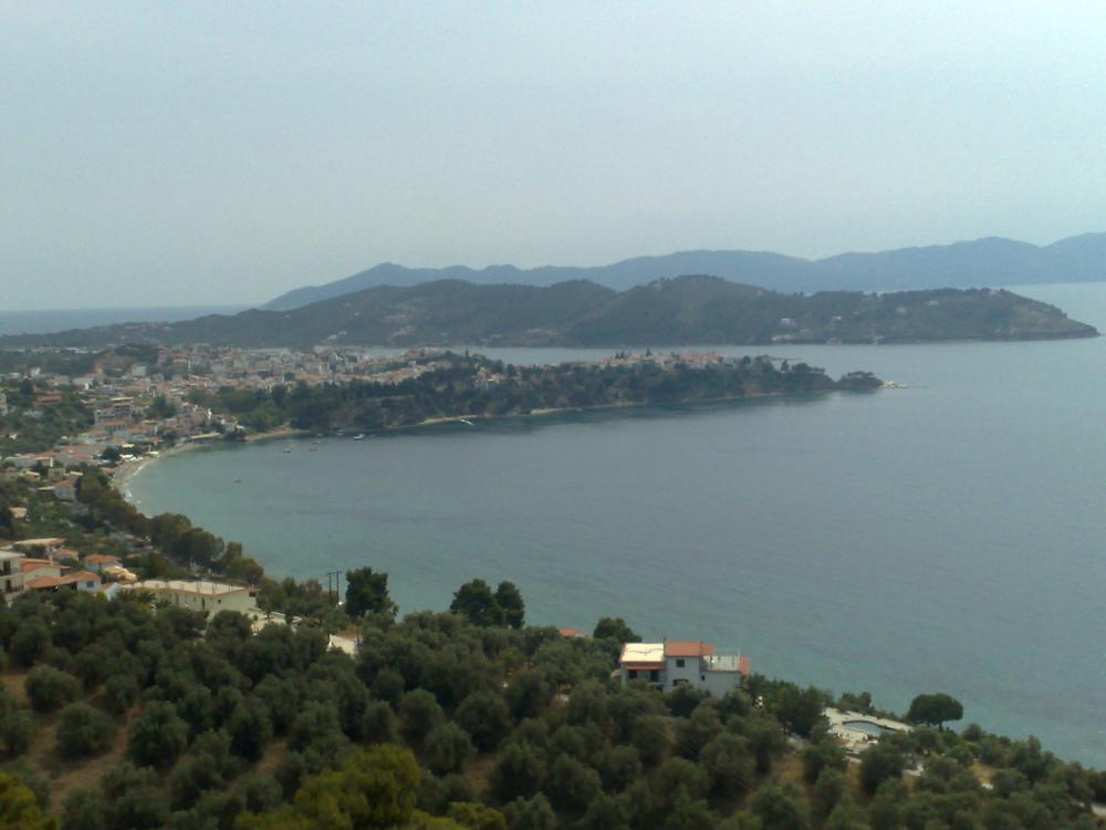 Land for Villa overviewing Skiathos