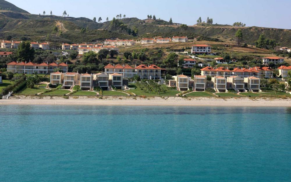 Dioni Beachfront Villas