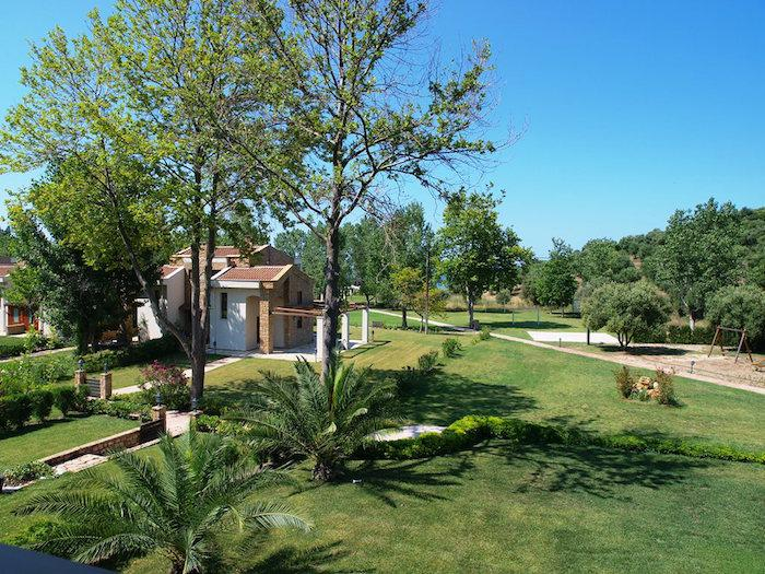 Fully equiped beachfront villa for rent in Halkidiki with private Spa